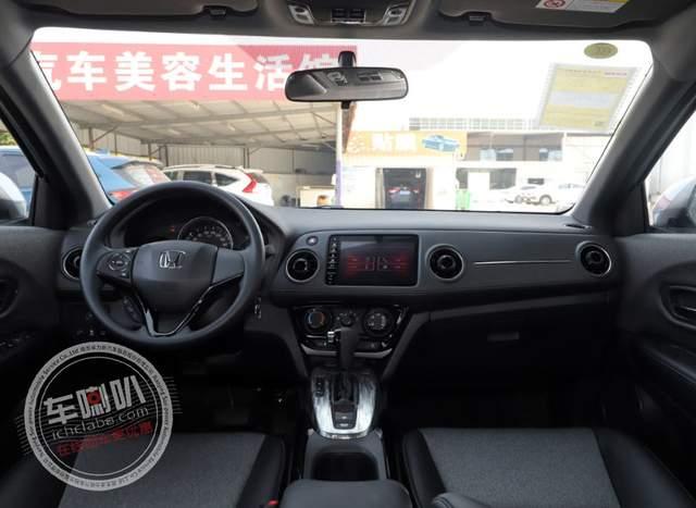 15万以内高性价比的SUV,适合作为年轻人的第一台车!