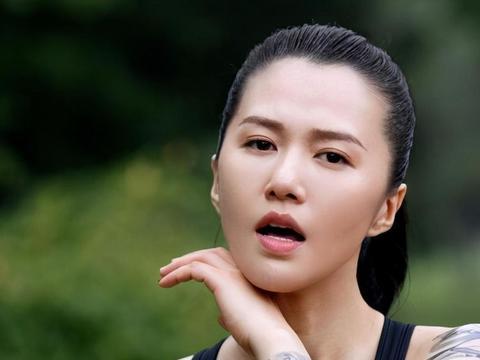 谭维维、陈亦飞因戏生情,求婚成功后低调结婚,十分甜