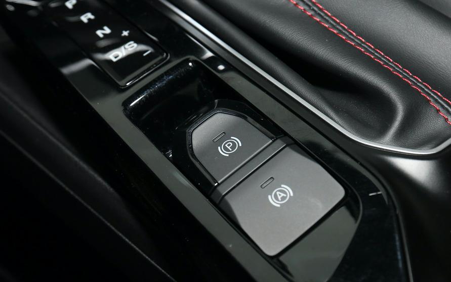 名爵5购车手册:7款配置,1.5L和1.5T谁更值得买?