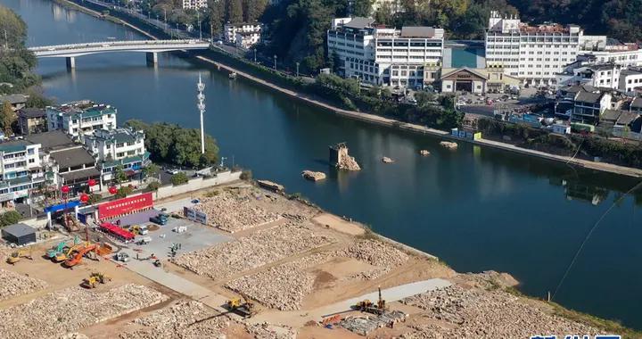 安徽黄山:明代镇海桥动工修缮
