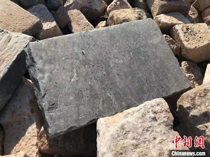 安徽黄山水毁明代镇海桥修缮工程启动