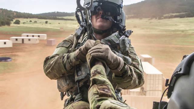 10.31,肯塔基州诺克斯堡,美国陆军预备役航空司令部展示实力……