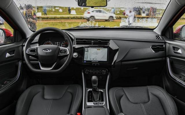5万买SUV,风光500和瑞虎3x PLUS,一对比有答案了