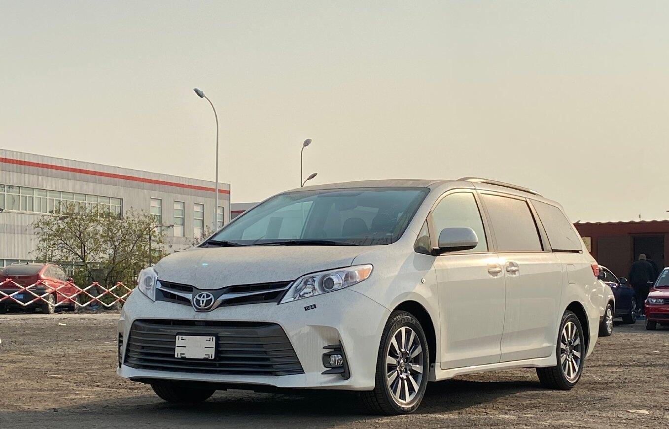 """丰田MPV中的""""买菜车"""",6缸动力+全时四驱,落地42万,真帅气"""