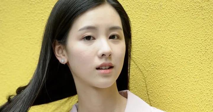 影视演员、气质女生陈都灵
