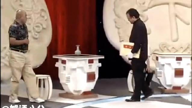 传言说《天下收藏》因为王刚砸错了2亿的藏品而停播……