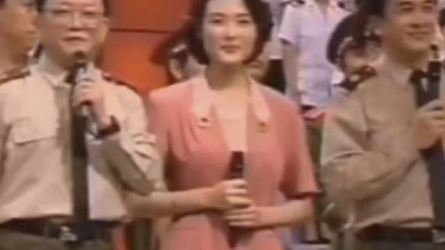 王刚25年前主持《综艺大观》,满满的都是回忆