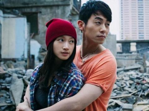 深情朱亚文表白沈佳妮:只要我的心脏跳动一天,我就要爱你一天
