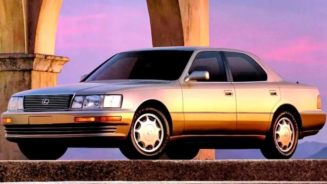 国内比奔驰S级都贵,雷克萨斯LS为何在美国只卖51万?
