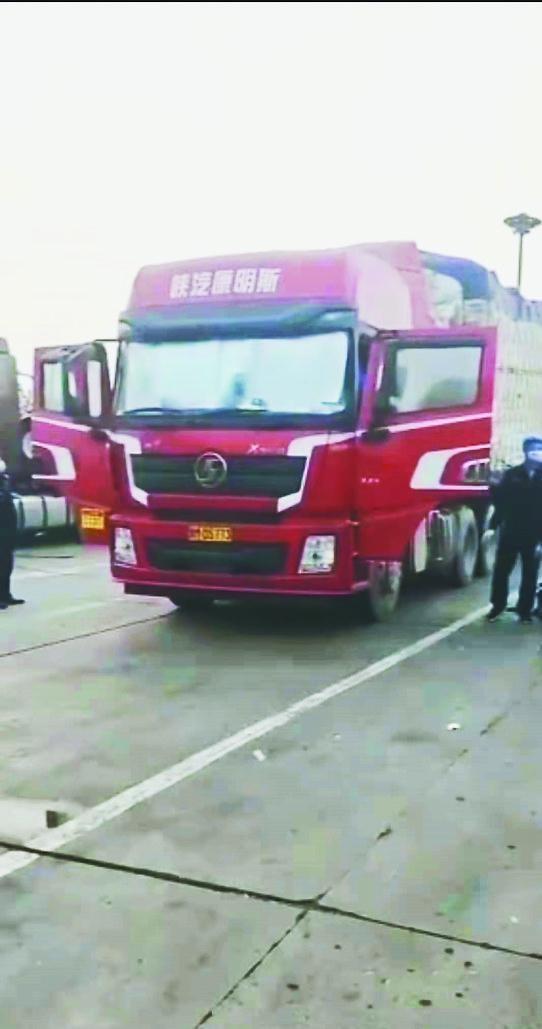 唐津高速汉沽服务区一绥化籍货车 司机在驾驶室内死亡