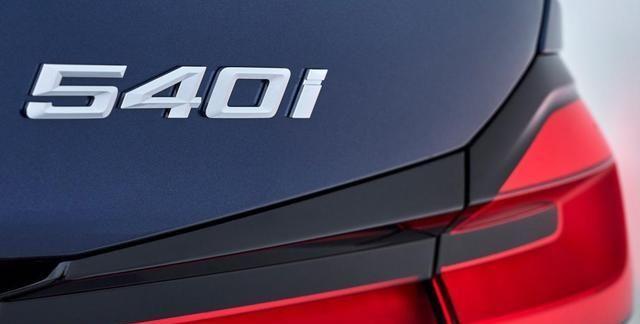 奔驰E进口对比宝马5进口,对比高功率版本谁的操控更好