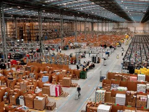 注意:百个集装箱落水!多个海外仓爆仓。UPS提高旺季附加费。