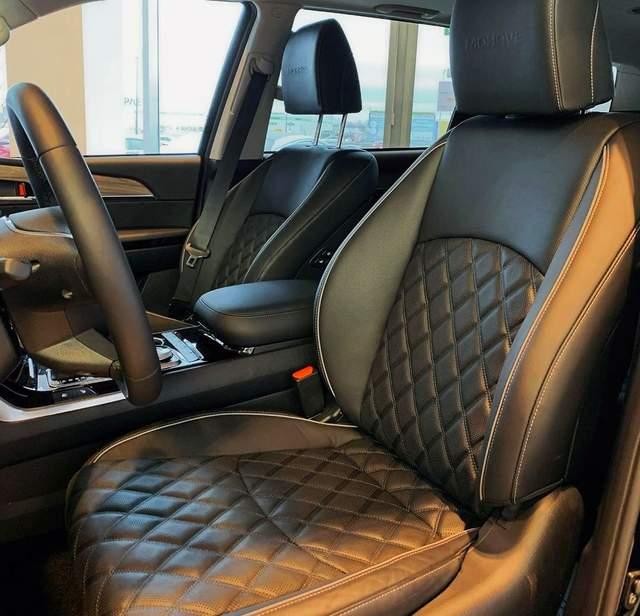 越野性能媲美丰田普拉多,新款起亚霸锐实车,搭3.0T+全时四驱