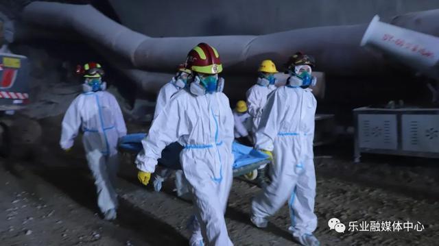 广西乐业隧道坍方被困9人遗体已找到:要求全县在建工程自查图片