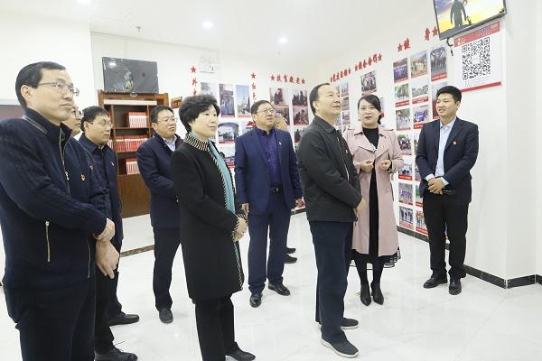 省总工会常务副主席寇武江深入河南锦路调研指导工会工作