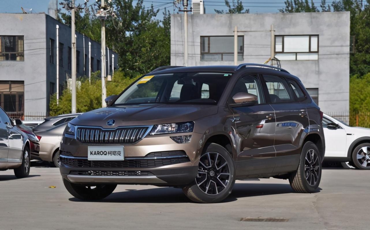 两款高颜值SUV对比,谁才是更适合年轻人的座驾?