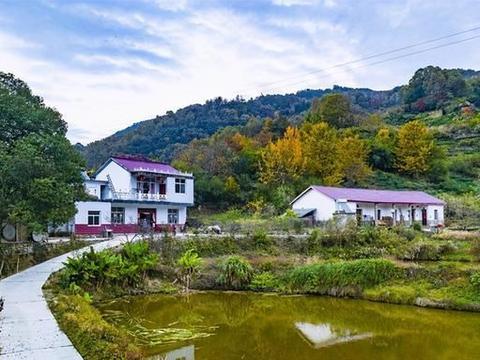 安徽大别山区自驾,偶遇免费原生态美景,吃当地特色土菜