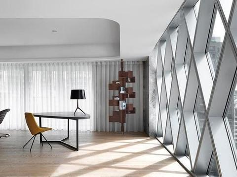 320平大平层公寓,落地窗+隐形门,惹人喜爱