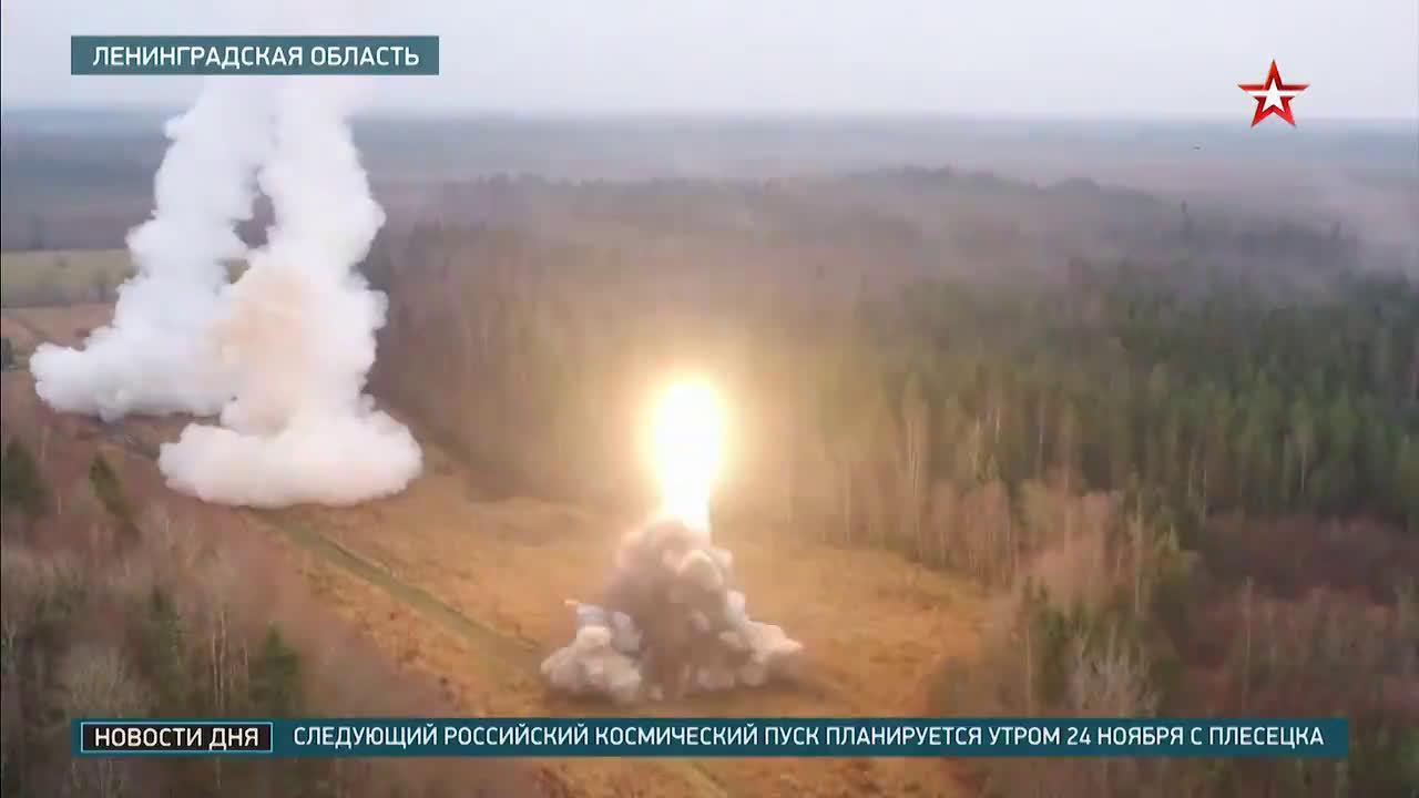俄军战术弹道导弹部队在列宁格勒地区进行实弹战术演习……