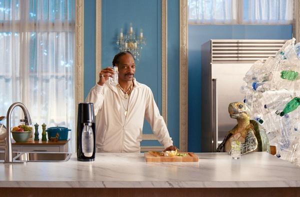 SodaStream和史努比欢庆节日特殊方式