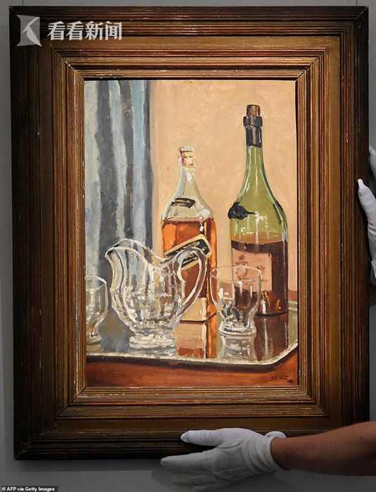 英国前首相丘吉尔一幅静物画作拍出近百万英镑