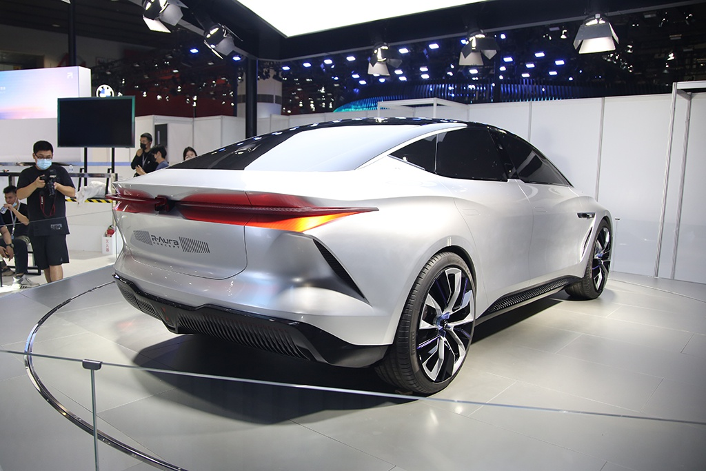 【原创】新旗舰驾到 R-Aura Concept即将首发