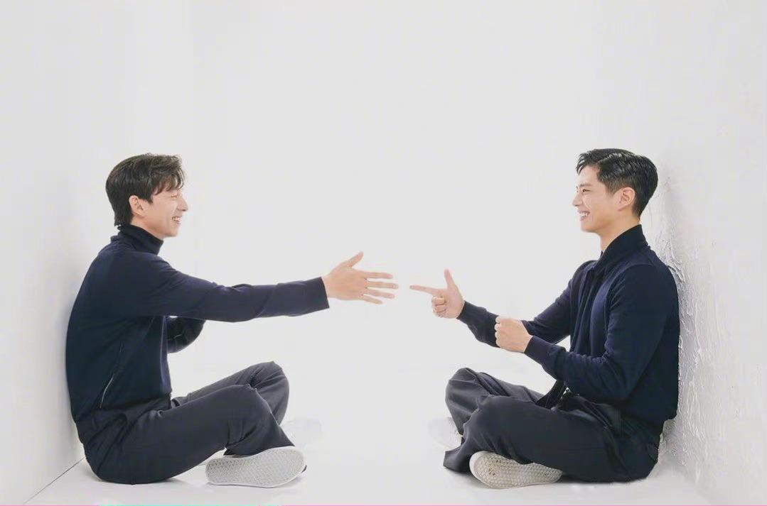 孔侑和朴宝剑登上《Cine 21》杂志…………