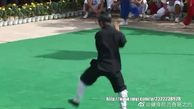 赛事撷影 2005年第五届全国武术馆校武术比赛 008 崆峒武术展示