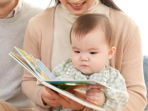 3岁宝宝三年阅读500本书,是典型小书迷,妈妈采用了什么陪读方法