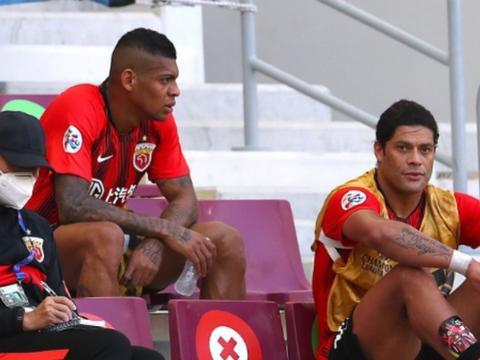 上港外援里卡多洛佩斯表现高开低走,球迷建议球队下赛季换掉他
