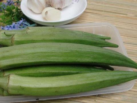 常吃黄秋葵的人注意, 好处多多,如此吃影响健康,早知早受益