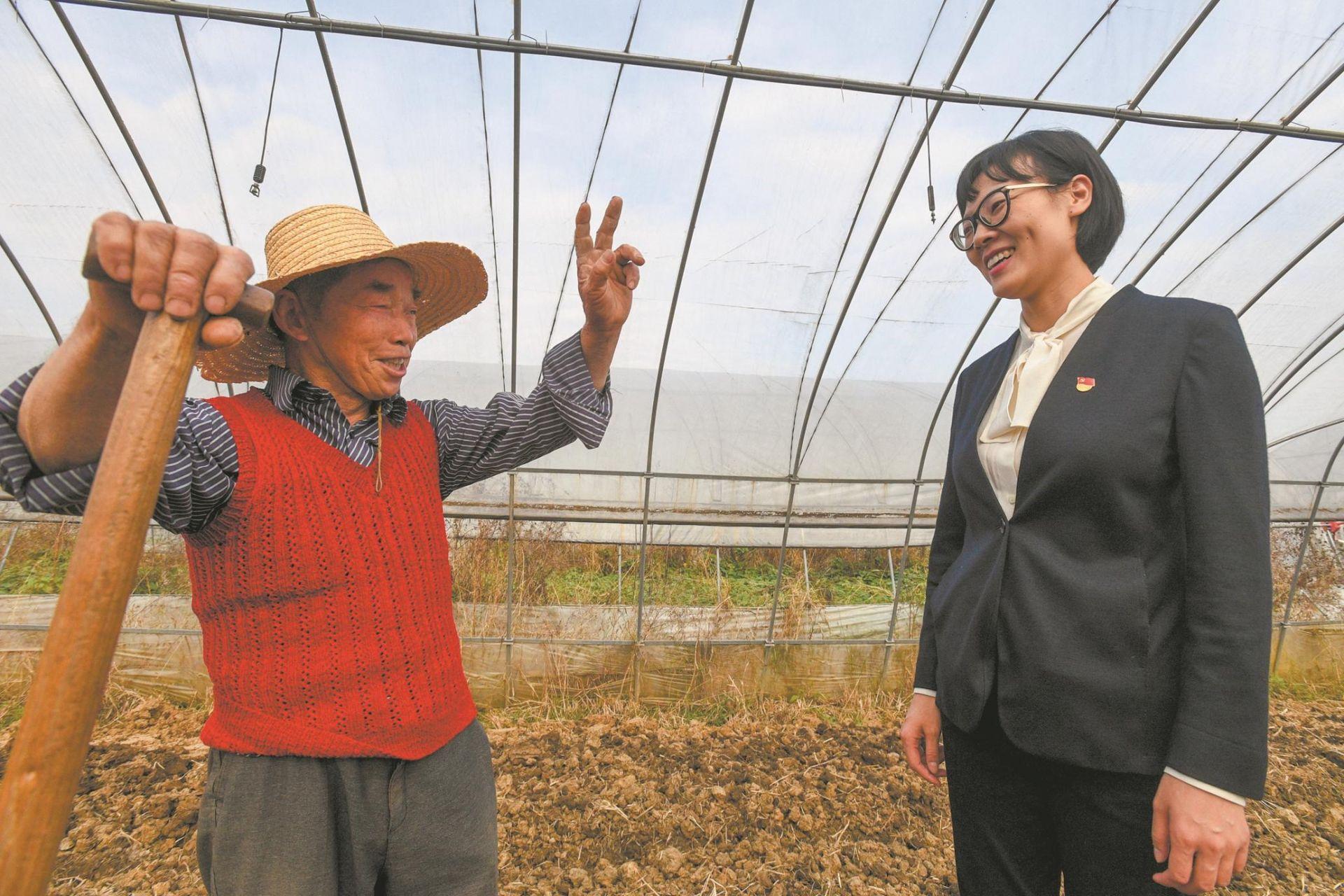 海归女博士演绎新时代田园牧歌:农民领工资上班 菜地种成精致花园(图)
