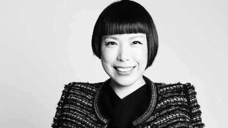 《VOGUE服饰与美容》编辑总监张宇下月离职,她曾将杜鹃裴蓓等中国超模推向国际