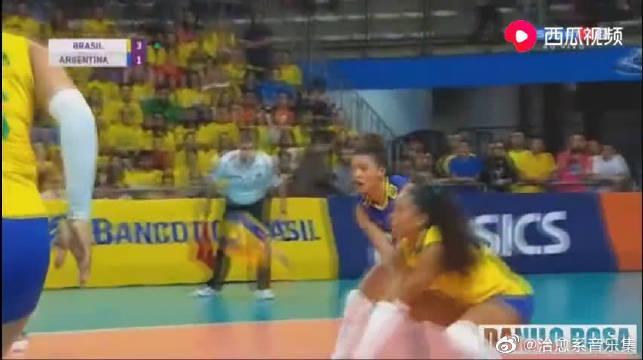 排球友谊赛:谢拉,法比亚娜回归国家队!巴西女排完胜阿根廷女排