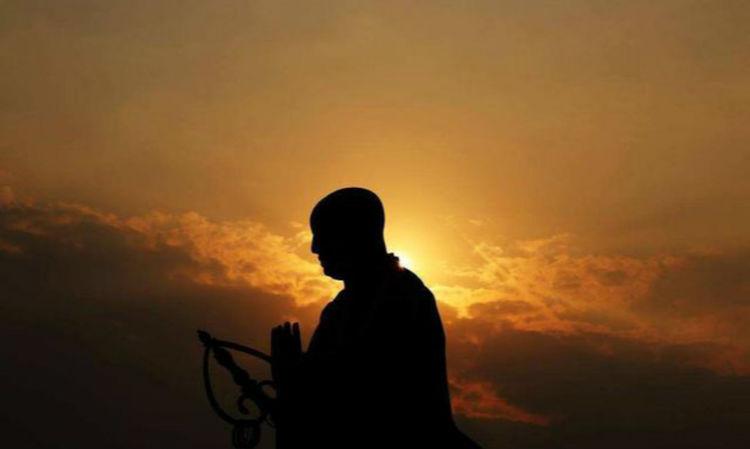 晚唐得道高僧一首七绝,句句有大智慧写得很深刻,被奉为至理名言