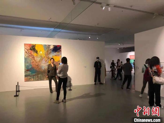 """""""智识城市""""2020深圳湾公共艺术季展览开幕"""