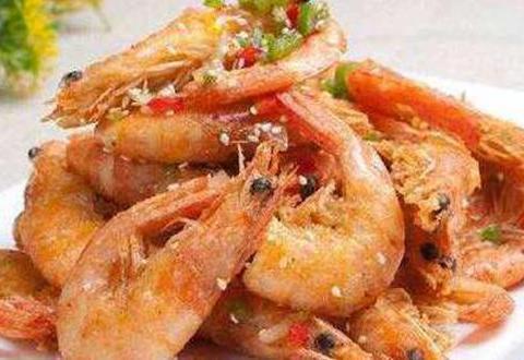 特色烧鲶鱼、油焖大虾、鲜菇炒芦笋、孜然烤虾的做法