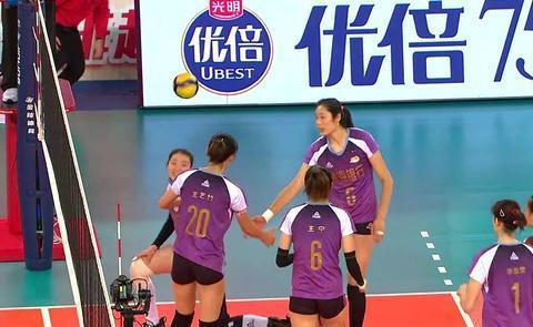 中美两国女排队长谁更强?中国移动咪咕5G黑科技给你答案