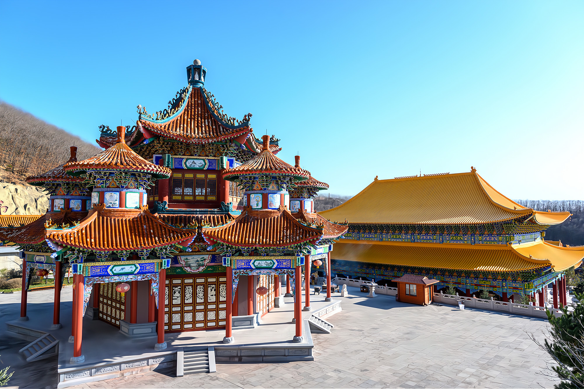 敦化正觉寺最奇特的建筑,六角六亭六门式的观音殿,全国独一无二