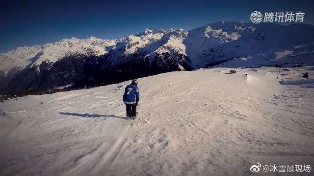 自由式滑雪集锦,互相帮忙拍摄视频资料成为滑雪兄弟新潮流