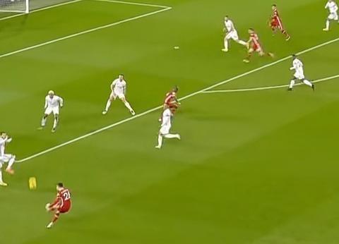 英超-菲尔米诺、若塔分别头球破门 利物浦3-0莱斯特城