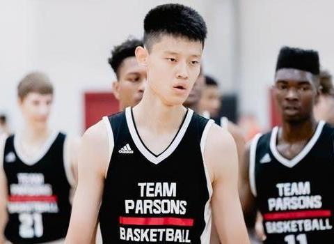 17岁将加盟美国名校,或提前进NBA