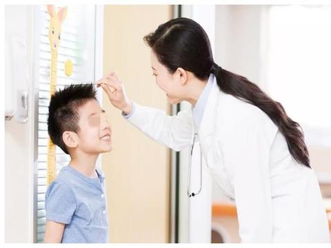 """孩子身体出现4个信号,暗示身高""""猛涨期""""接近尾声,家长要注意"""