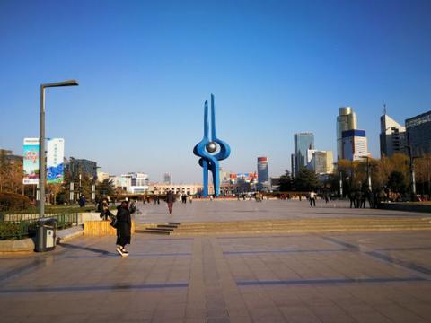 """济南有一巨无霸公园,被誉""""后花园"""",临近大明湖成泉城新地标"""