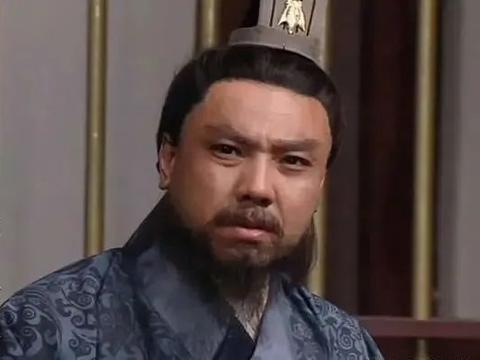 法正联合张松,向刘备倒戈,刘备终于答应假意伐张鲁,实取益州