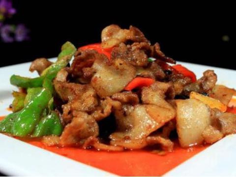 美食精选:盐煎肉、藤椒小炒鸡腿肉、蒜香豆腐