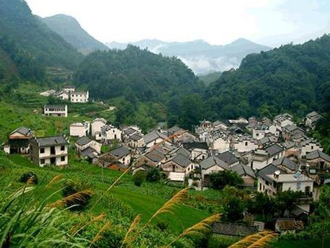安徽一神奇的小山村:富含硒元素相传有龙脉庇护,村民都很长寿
