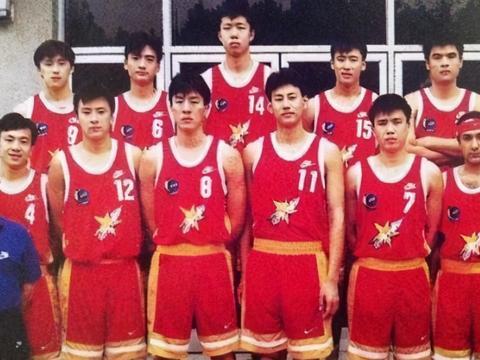 八一队跨赛季48连胜与广东队单赛季29连胜,哪个含金量更高?