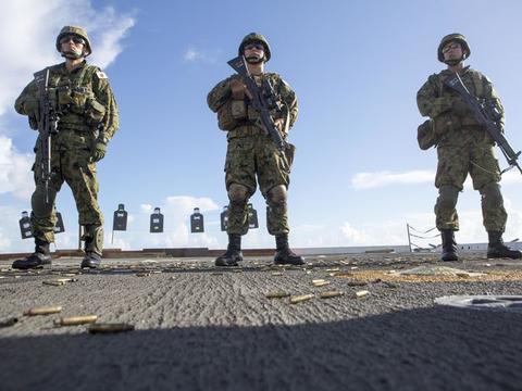 """阿富汗喀布尔遭到严重袭击,美军撤离被打""""脸"""""""