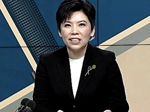 邓亚萍称赞马龙求胜欲望强!指出樊振东输球的原因,有点保守